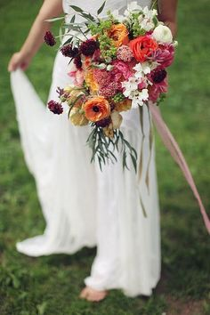 55 Relaxed Yet Breathtaking Boho Chic Wedding Bouquets | HappyWedd.com