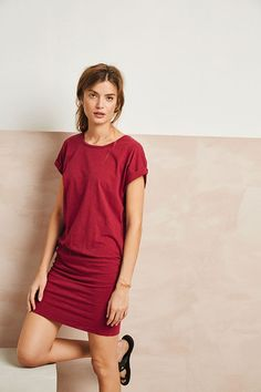 Buy Venice Stretch-Cotton Dress from Hush: Make holiday packing a breeze with our Venice dress. The turn-up capped sleeves and elasticated drop waist make it a stylish post beach outfit. Personal Style Quiz, What's Your Style, Drop Waist, Cotton Dresses, Cap Sleeves, Women Wear, Shirt Dress, Stylish
