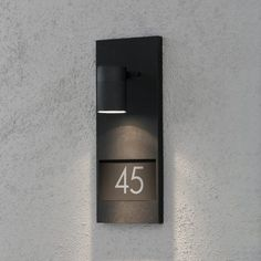20 Ideas for hotel door signage house numbers Door Signage, Hotel Signage, Exterior Signage, Wayfinding Signage, Signage Design, Led House Numbers, Door Numbers, Detail Architecture, Hotel Door