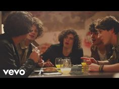 CD9 - No Le Hablen de Amor (Video Oficial) - YouTube