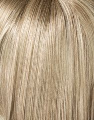Foto: Picture of long, straight blond hairstyle