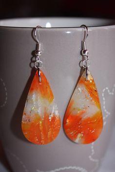boucles d'oreilles fimo et encre orange : Boucles d'oreille par les-creations-fimo-de-marie