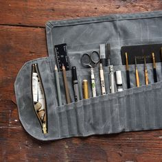 Waxed Canvas Sendak Artist Roll Up Case holds pens, pencils, tools, brushes, and notebooks in pockets and zipper pouch. Tool Roll, Tool Pouch, Pen Case, Leather Projects, Waxed Canvas, Paint Brushes, Leather Working, Sewing Projects, Artist