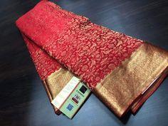 Varnika Fashion World Brocade Saree, Silk Saree Kanchipuram, Bandhani Saree, Crepe Silk Sarees, Indian Silk Sarees, Pure Silk Sarees, Golden Saree, Saree Jackets, Wedding Silk Saree
