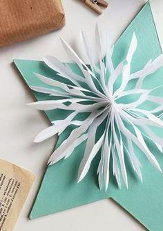 Tutoriel DIY: Décorer les cadeaux avec des flocons de neige en papier via DaWanda.com