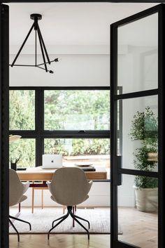Bright home office - Studio McGee ( Interior Design Photos, Office Interior Design, Home Office Decor, Office Interiors, Interior Inspiration, Office Ideas, Office Inspo, Design Inspiration, Design Ideas