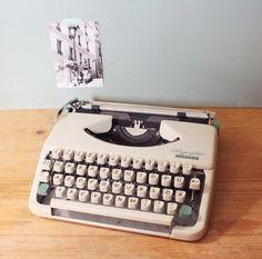 Schreibmaschine * Olympia * 60er von mill vintage auf DaWanda.com