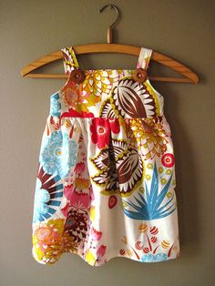 Pretty Easy Sundress {tutorial} - craftinessisnotoptional.com