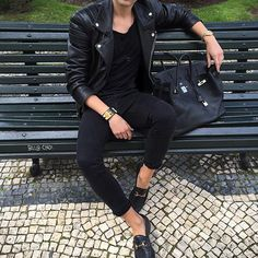 BirkinBoy Style ... in Lisbon #thebirkinboy #thebirkinboyinlisbon #lisboa #avenidadaliberdade #birkinboystyle #birkinboy #streetstyle #look #daylook #blkdnm #bikerleatherjacket #jbrandjeans #acne #acnestudios #hermes #hermesbirkinbag #birkinbag #birkin #gucci #guccihorsebitloafers #gucciloafers #hermescollierdechien #hermescollierdechienbracelet #rolex #rolexwatch #elements #elementsjewellery #menstyle #boystyle #thebirkinboyandthebirkinbag @hermes @blkdnm @montaignemarketparis @jbrandjeans…
