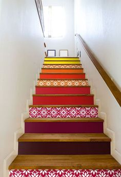 Patchwork style decor - Trendy Home Decorations Interior Stairs, Home Interior, Interior Design, Painted Stairs, Unusual Homes, House Stairs, Home And Deco, House Painting, Home Projects
