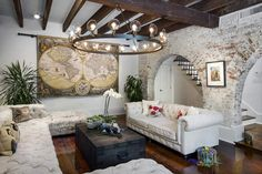 A 'Stable' environment: French Quarter home a Spanish dream for New Orleans pair | The New Orleans Advocate — New Orleans, Louisiana