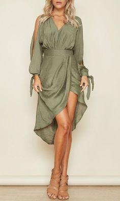 Fashion Long Sleeves V Neck Maxi Dress - Women Outfits Modest Dresses, Day Dresses, Casual Dresses, Fashion Dresses, Summer Dresses, Modest Clothing, Midi Dresses, Evening Dresses, New Mode