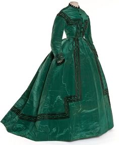"""Silk dress, poss. made in Lyon (France), ca. 1866-68 Les Arts Décoratifs (Paris)"""