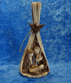 Star Anise and Toquilla Straw Unique Nativity Ecuador Nativity Church, Christmas Nativity, Christmas Wood, Kids Christmas, Christmas Crafts, Christmas Decorations, Christmas Ornaments, Nativity Sets, Straw Art
