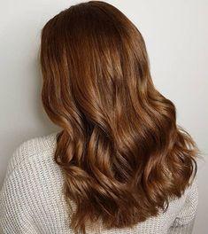 13 Glowing Golden Brown Hair Ideas & Formulas | Wella Professionals Light Golden Brown Hair, Warm Brown Hair, Brown Hair Looks, Ash Brown Hair Color, Brown Hair Shades, Sandy Brown Hair, Medium Golden Brown, Hair Colour, Sandy Blonde Hair