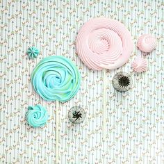 Pearl Cupcakes, Fondant, Dessert Recipes, Stud Earrings, Photo And Video, Instagram, Tips, Party, Pastries