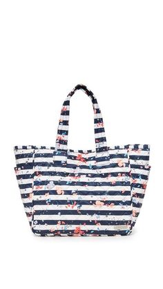 81bf26f618 Get this LESPORTSAC s shopping bag now! Click for more details. Worldwide  shipping. LeSportsac