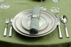 Learn napkin basics, conversation starters and how to properly exit the table http://www.yorkblog.com/smart/2013/03/20/manners-matter-comment-with-your-favorite-table-manners-teaching-tips-to-win-tickets-to-saturday-soiree/ #manners #etiquette