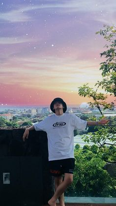 Find images and videos about boy, cool and exo on We Heart It - the app to get lost in what you love. Park Chanyeol Exo, Baekhyun Chanyeol, Kpop Exo, Kokobop Exo, Baekyeol, Chanbaek, Hapkido, Wallpaper Backgrounds, Bts Wallpaper