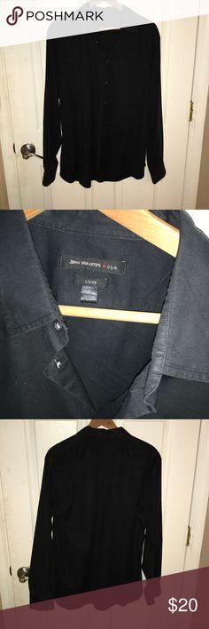 John varvatos classic button up  , / L John varvatos classic button up  , great casual shirt 100% authentic , pre-loved good condition . Black Shirts Casual Button Down Shirts