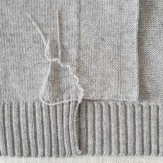 140 отметок «Нравится», 2 комментариев — Designer | Clothes | Lodz (@just.knitting) в Instagram: «Интернет появился 1969 году... в 69-м, Карл! Пользовались им только ученые на тот момент. Т.е.…»