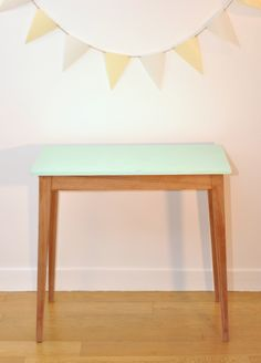 Table Vesale