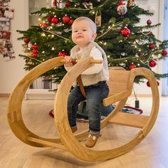 Rocking chair in oak ... #joinery #woodwork #woodworking #custommade #diy #sløyd #snekker #snekkeri #trearbeid #oak #eik #jva #puzzle #contemporary #luxurygoods #custommade #fineart #woodworkforall #furniture #woodart #modern #design #toy #leketøy #gyngehest #jva #mywworg