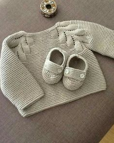 New Knitting Baby Patterns Sweater Tricot Ideas Knitting For Kids, Baby Knitting Patterns, Baby Patterns, Hand Knitting, Cardigan Bebe, Baby Cardigan, Knit Or Crochet, Crochet For Kids, Tricot Baby