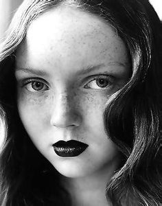 Lily Cole - Vána the Ever-Young;Queen of Blossoming Flowers; the younger sister of Yavanna and wife of Oromë