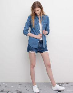 Pull&Bear - mujer - blusas y camisas - camisa vaquera básica manga larga - azul delavado - 05472341-V2016
