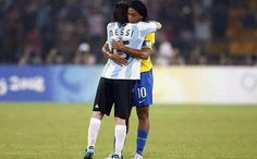 Messi will be staying in Ronaldinho's house during the World Cup
