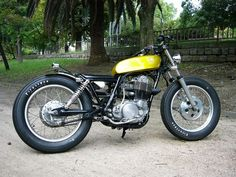 #Yamaha SR400, love those #firestones