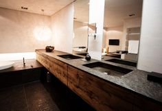 Haus H - rustic - Bathroom - Other Metro - c+c wohnmanufaktur Leathered granite