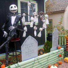 halloween yard display jack skellington