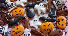 Apró Halloween sütik - Sütemény gyerekeknek Halloween Decorations, Pudding, Sugar, Cookies, Food, Crack Crackers, Puddings, Biscuits, Cookie Recipes