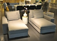 Grijze chaise longue van Coming Lifestyle in Home Trade Center | Foto STIJLIDEE Interieuradvies en Styling