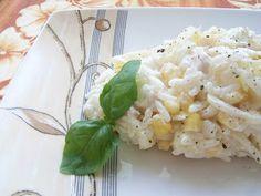 Czekoladowo...truskawkowo...: Biało-żółta sałatka z selerem