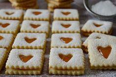 Mézes linzer | Citromhab | Bloglovin' Hungarian Desserts, Hungarian Recipes, Sweet Desserts, Sweet Recipes, No Bake Desserts, Sweet Cookies, Sweet Treats, Chocolate Slice, Non Plus Ultra