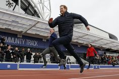 standard.co.uk: HeadsTogether Marathon Training, Queen Elizabeth Olympic Park, East London, February 5, 2017-Prince Harry in the lead of the Duke and Duchess of Cambridge during a training event