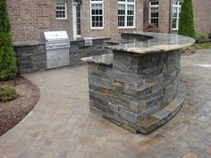 Ultimate Outdoor Kitchen! This one has a granite bar for entertaining. Backyard Kitchen, Outdoor Kitchen Design, Backyard Patio, Outdoor Kitchens, Backyard Seating, Outdoor Cooking, Grill Bar, Patio Grill, Grill Station