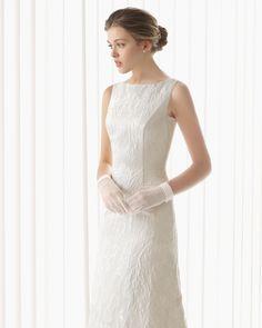 De la nota: Tendencias novias 2015: ¡Los guantes están de moda!  Leer mas: http://www.hispabodas.com/notas/2625-tendencias-novias-2015-los-guantes-estan-de-moda-