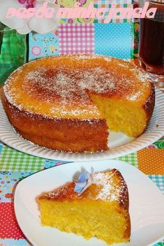 SWEET POTATO CAKE WITH COCONUT: 500 sweet potato puree gr 3 medium eggs 80 grams of softened butter 1 cup flour 1 cup sugar 200 ml of coconut milk 100 g of grated coconut 1 tablespoon (soup) vanilla extract 1 tablespoon (soup) baking powder. Portuguese Desserts, Portuguese Recipes, Portuguese Food, Baking Recipes, Cake Recipes, Dessert Recipes, Homemade Cakes, No Bake Cake, Sweet Recipes