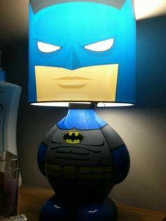 If you like bobble heads, then you will LOVE this trendy Batman table lamp. I Am Batman, Batman Stuff, Batman Bedroom, Nananana Batman, Nerd Cave, Nerd Room, Batman Birthday, Weird Gifts, Toddler Girls