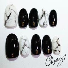 Sayuri Hirataさんのオールシーズン,ブラック,ホワイトネイル♪[1954204]|ネイルブック French Manicure Designs, Gel Nail Designs, Work Nails, Fun Nails, Spring Nail Art, Spring Nails, Gucci Nails, Marble Nails, Black Nails