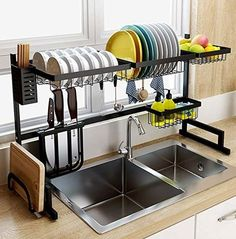tinyhousecourses Love this over the sink dish rack! Great space saver for tiny homes. ___________________________________________⁣⁣⁣⁣⁣⁣ tinyhousecourses Love this over the sink dish rack! Great space saver for tiny homes. Kitchen Organization, Kitchen Storage, Kitchen Decor, Storage Area, Organization Ideas, Kitchen Drying Rack, Kitchen Dining, Kitchen Racks, Dish Storage