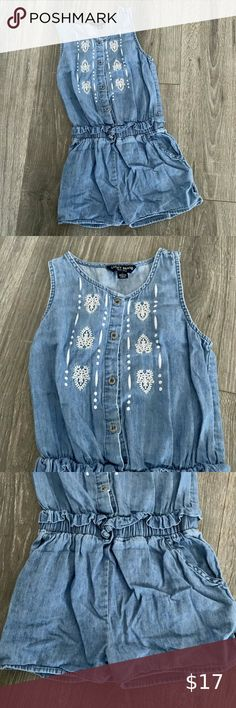 NEW Girls Dress CAT /& JACK Blue Chambray Jumper Size XL Apron Style Soft CUTE