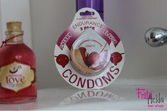 Condoms Cherry Flavor (3 Und) Lo último en preservativos importados para disfrutar con tu pareja. Sabor cereza, también son lubricados.   - COP 13.000  #frutacida #sexshop #sexcolombia #condoms