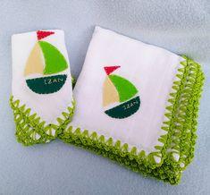 Pañales de tela con puntilla de crochet