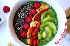 Recette Green smoothie Fit Your Dreams  #fitness #fityourdreams #développementpersonnel #recipe #recette #healthy #musculation #régime #diète #gym #health #coach  #breakfast #fitfam #fitfriends #inspo #inspiration #happiness #happy #fit #eat #dream #dreams #lifestyle #move #alive #live #sport #lornajane #mnb #lj #beautiful #workout #bowl #collation #snack #breakfast #food #healthyfood #superbowl #smoothie #spiruline #green #fruits #fruit
