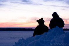Tips for capturing silhouette photos - use spot metering, meter for the sky, aperture of f.8